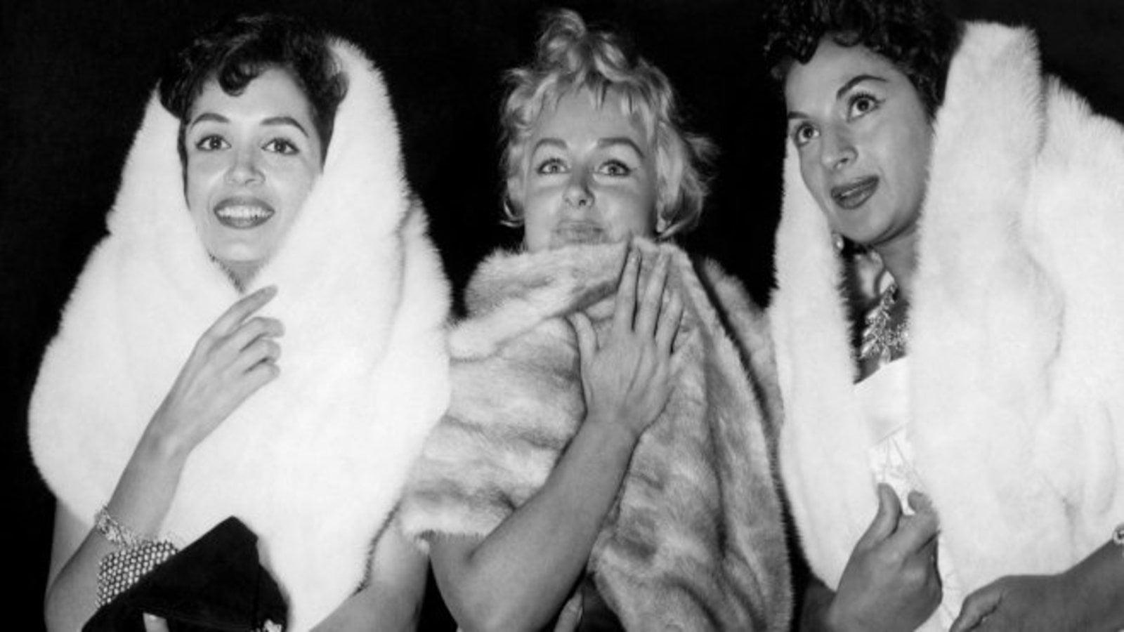 """Résultat de recherche d'images pour """"Las costuras femeninas de la moda de España"""""""